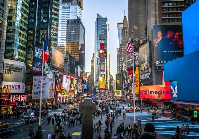 Outdoor display screens in Times Square