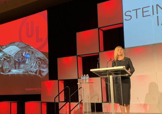 Kathy Seegebrecht presents at the 2019 ANA B2 Awards