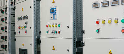 Low-voltage cabinet