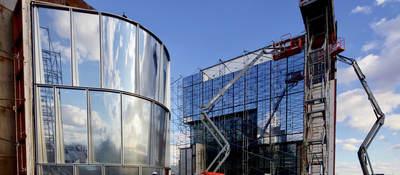 Building façade test in process
