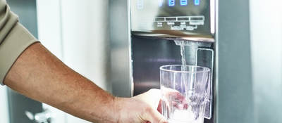 Filling a class with water from a refrigerator