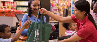 Family shopping for healthier, more sustainable products