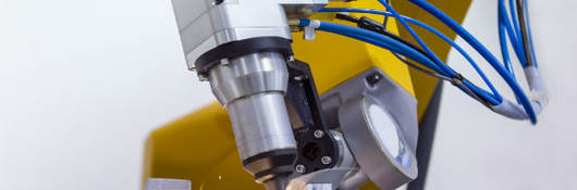 laser-cutting-of-metal-on-robotic-arm-641713412_620x300