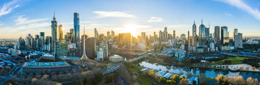 Sunny Melbourne Skyline and Yarra River at sunset