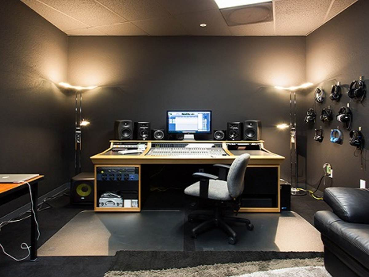 recording studio for testing of audio components