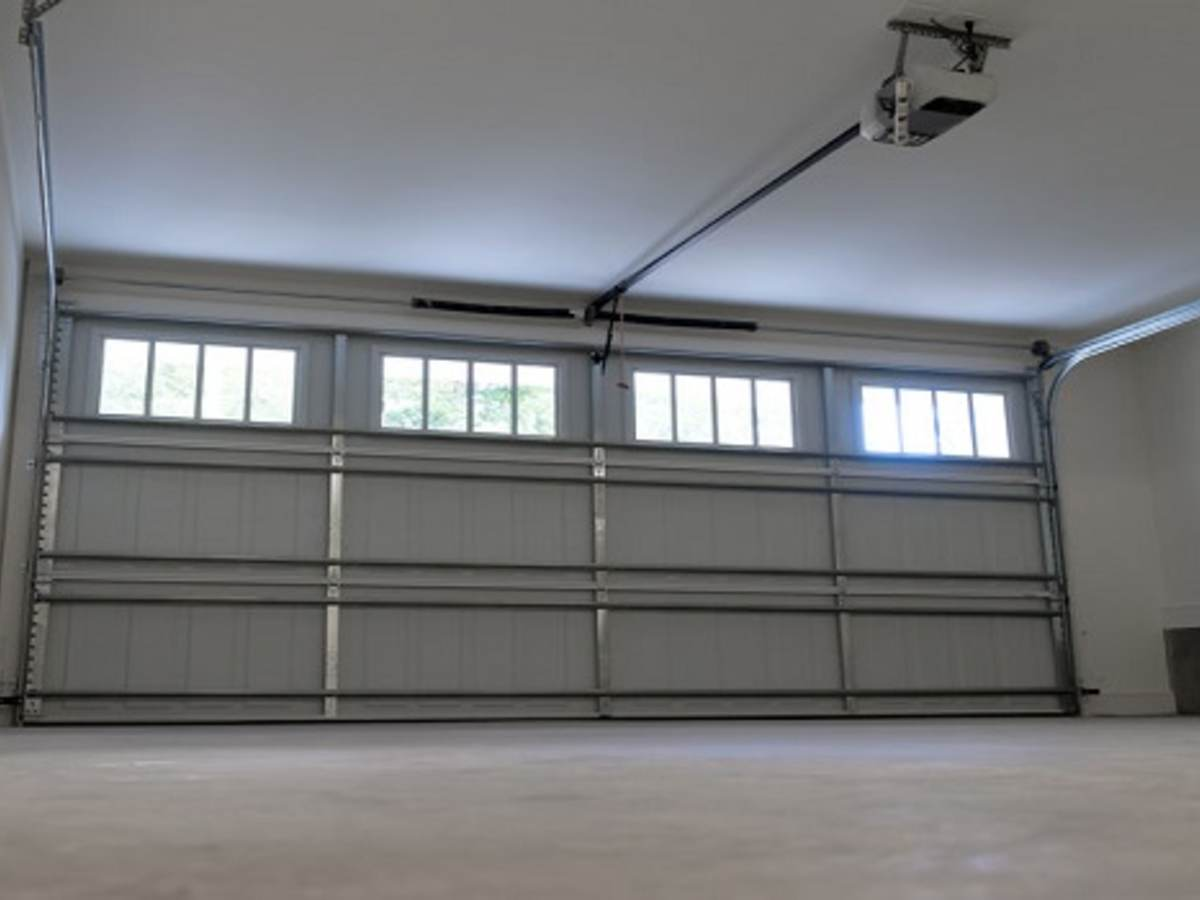 10 Home Security and Garage Door Safety Tips | UL