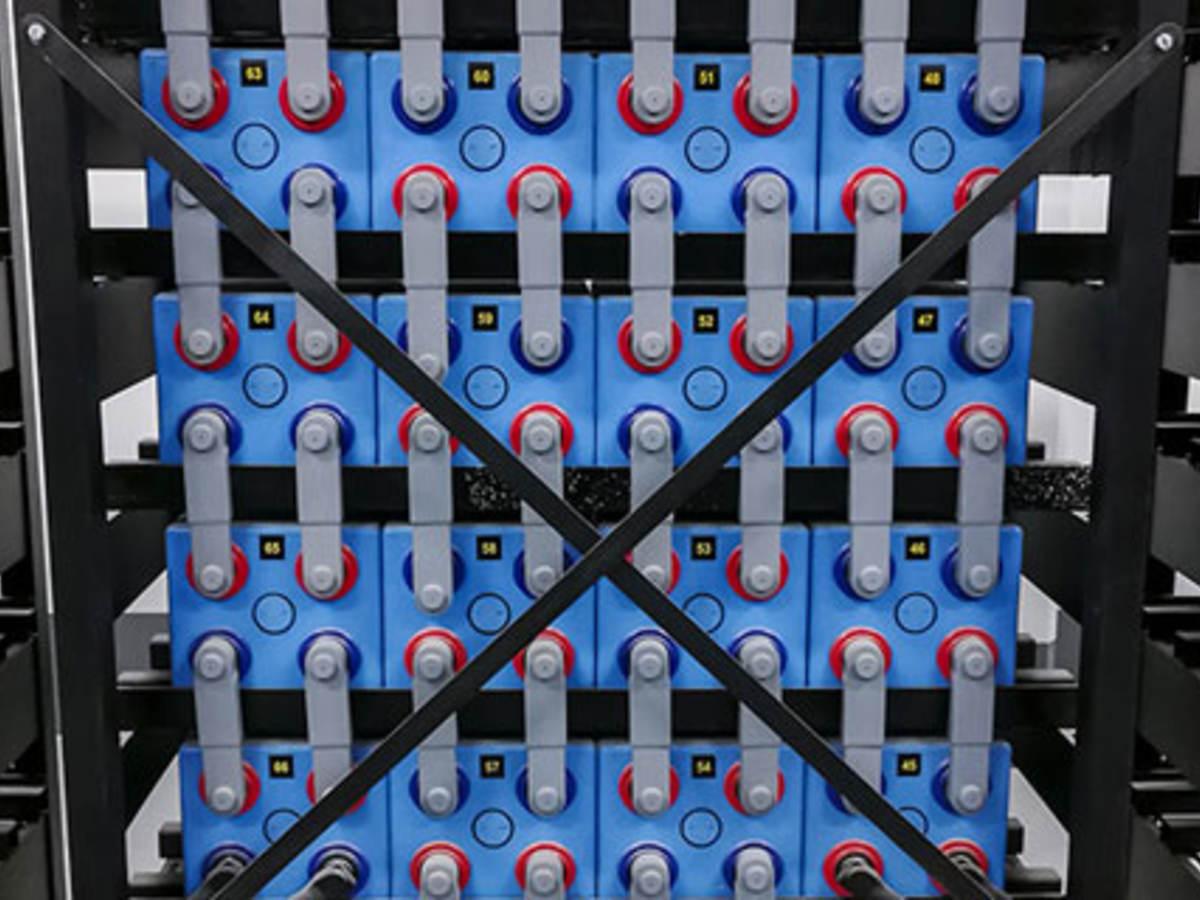 June_EIO_BatteryGridWP_600x320_Blog