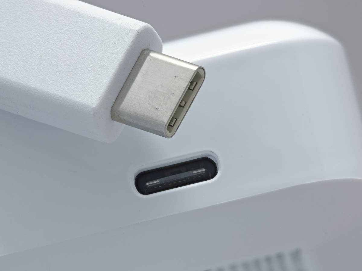 ICT power cable connected via USB-C™