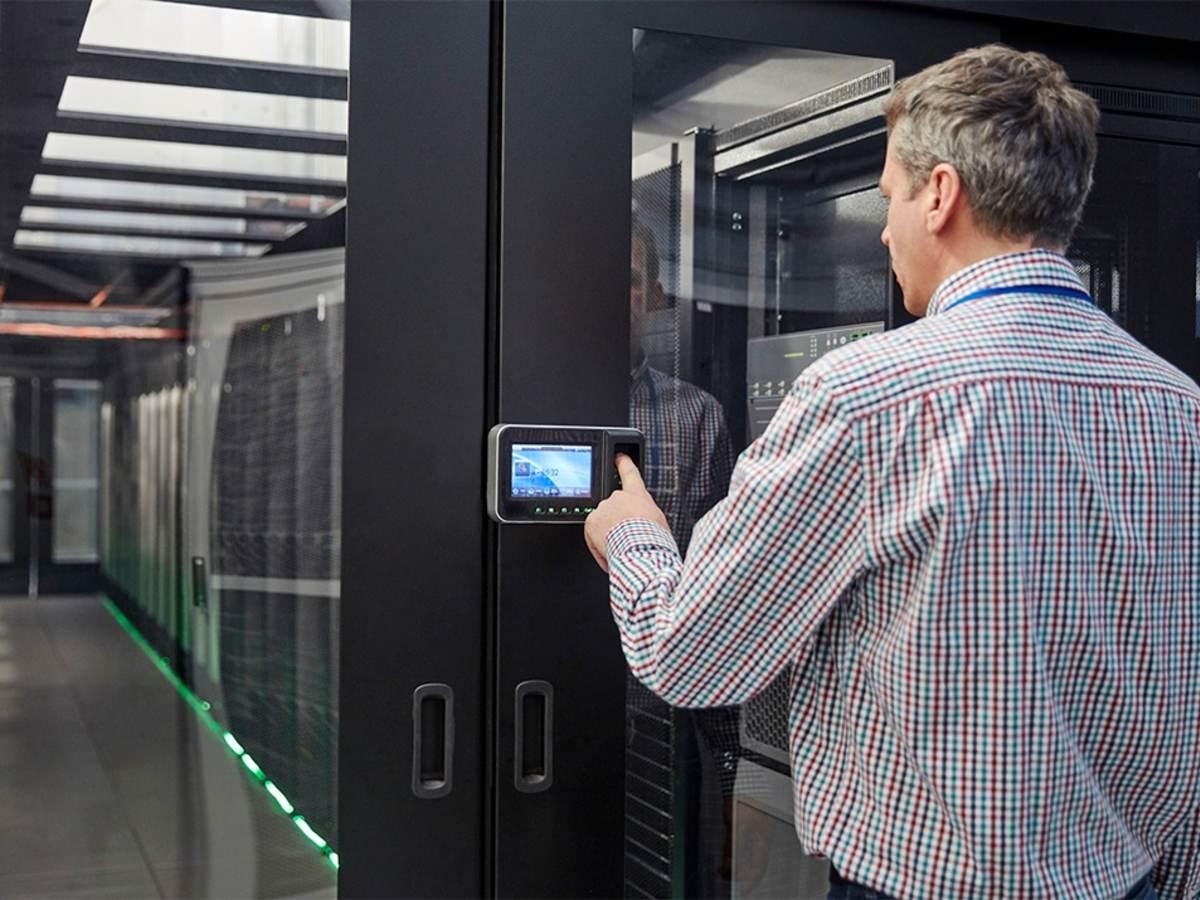 Fingerprint scanner using biometrics