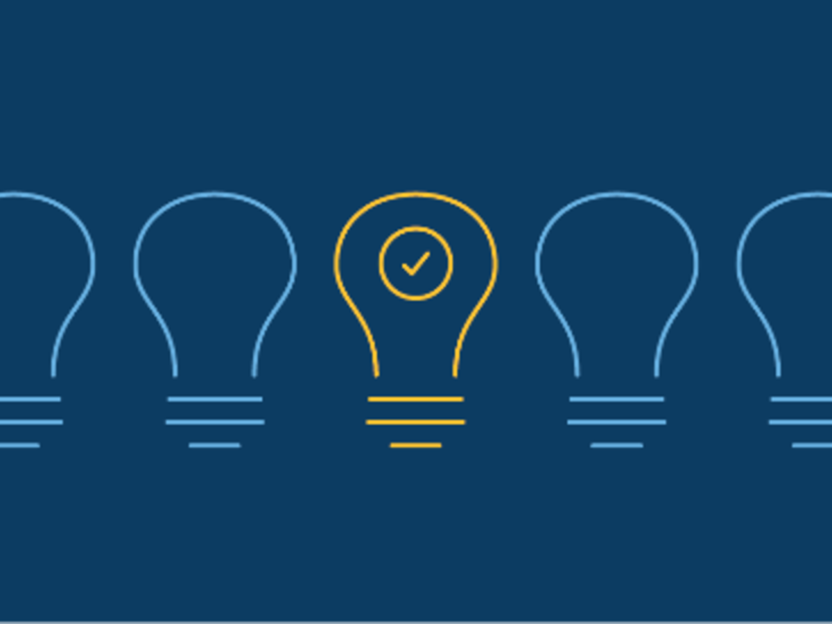 Illustration of 5 lightbulbs 4 blue and yellow in the middle
