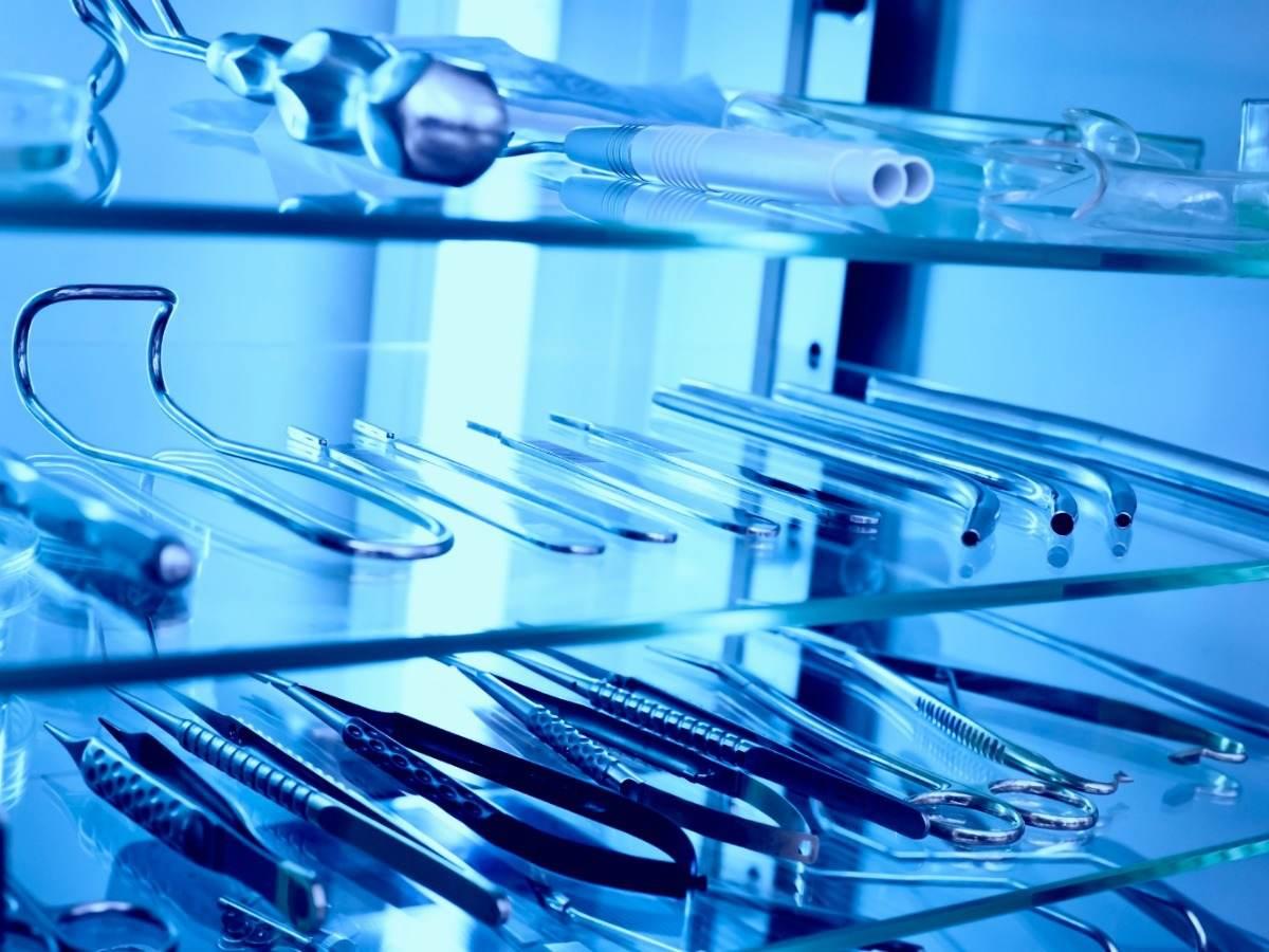 UVC sanitization device