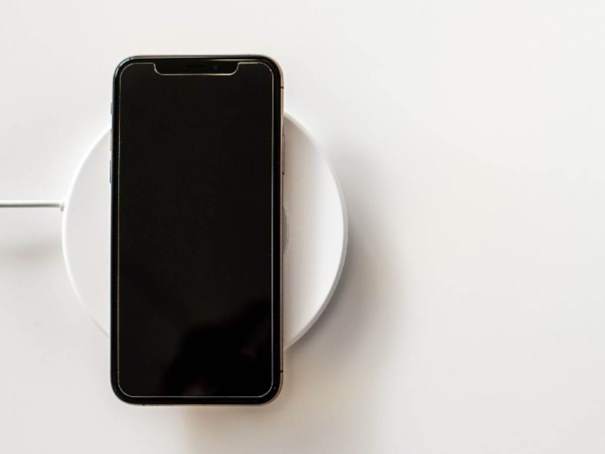Device on wireless charger