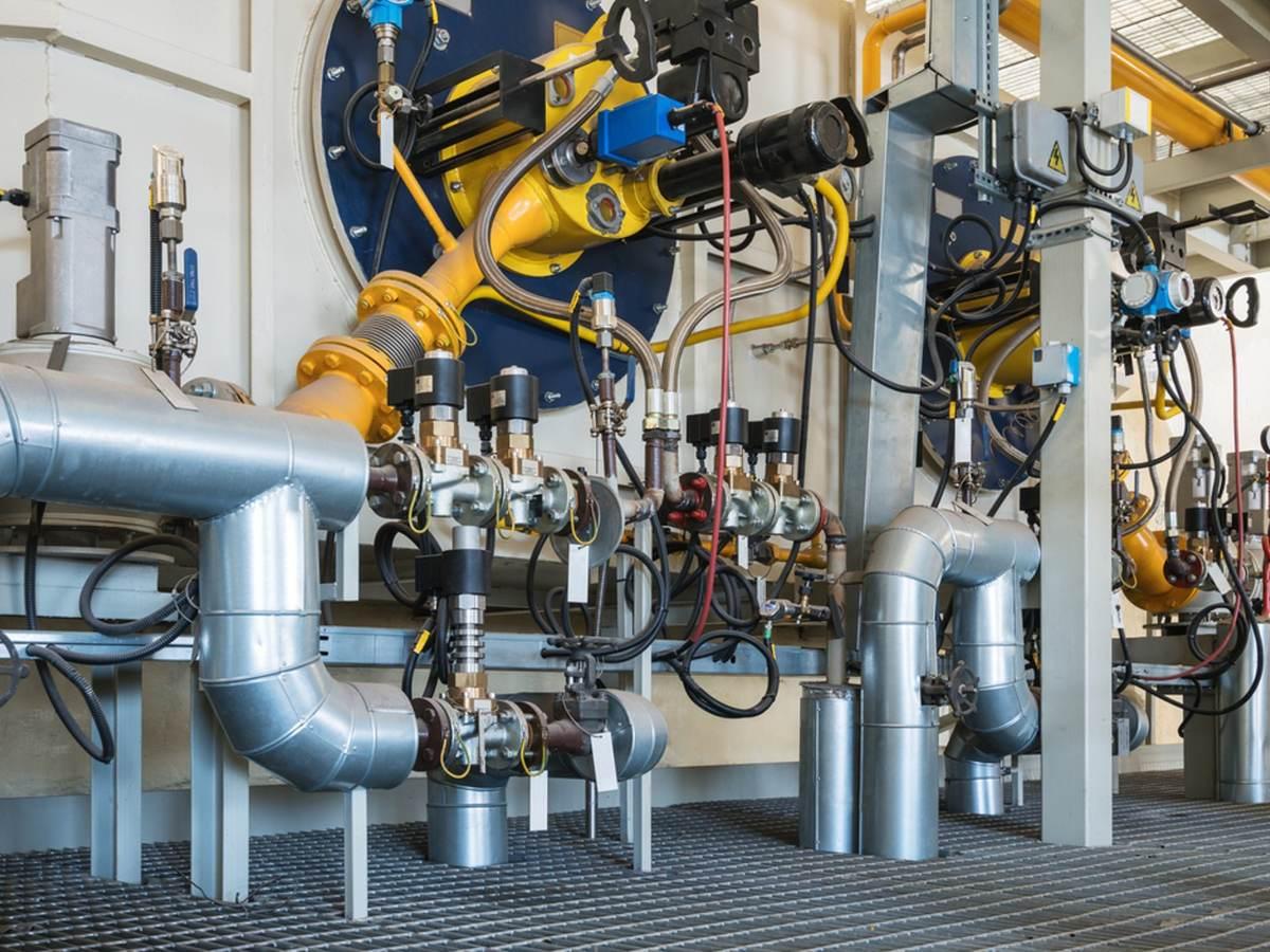 Industrial pressurized boiler