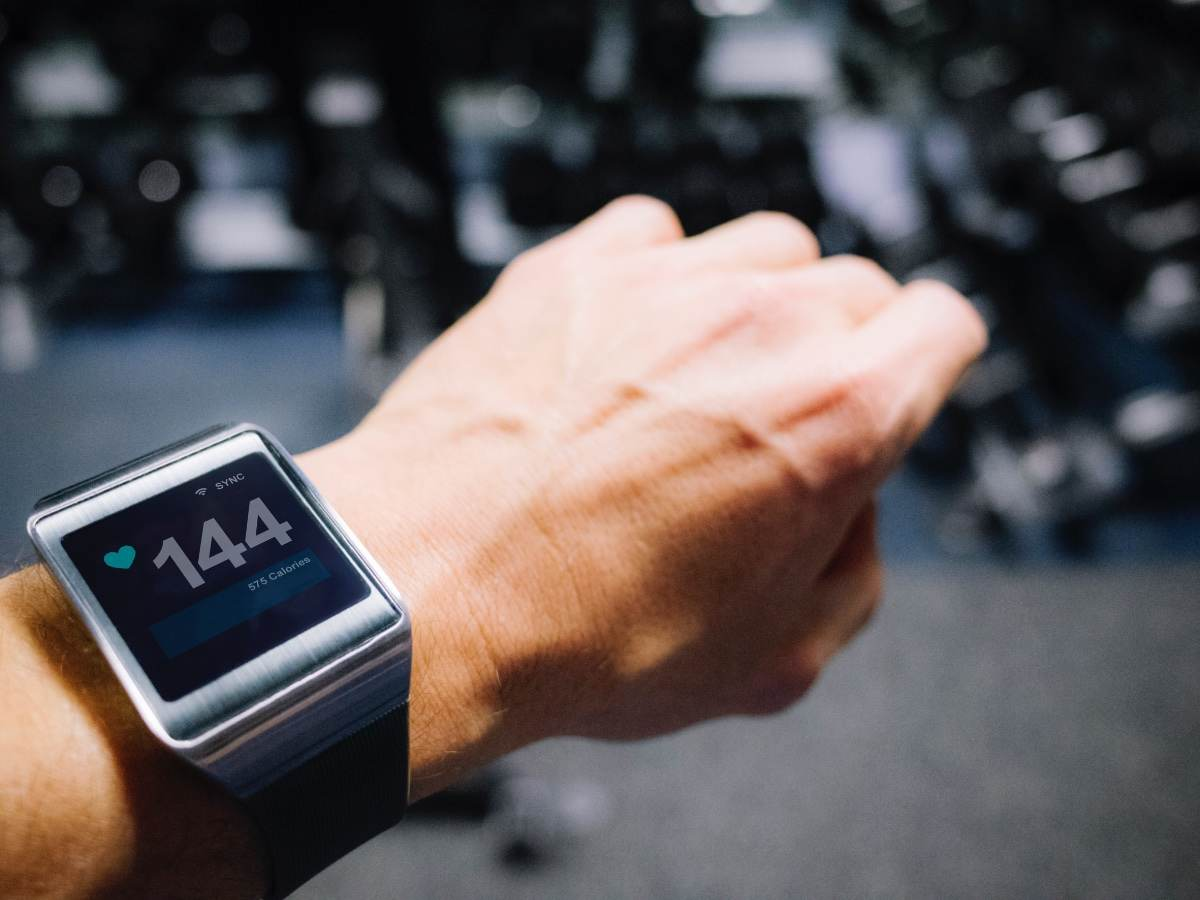 Smartwatch showing pulse
