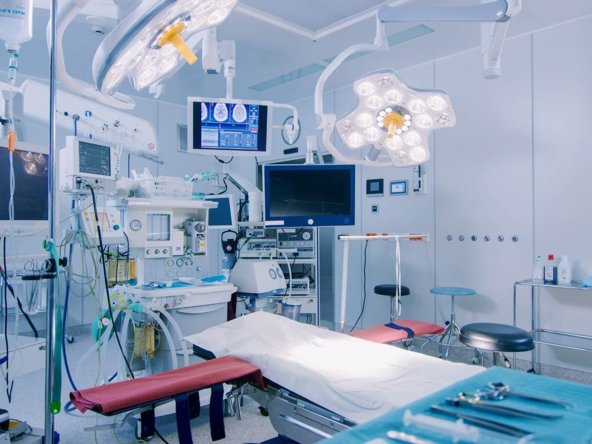 Technologically advanced operating room