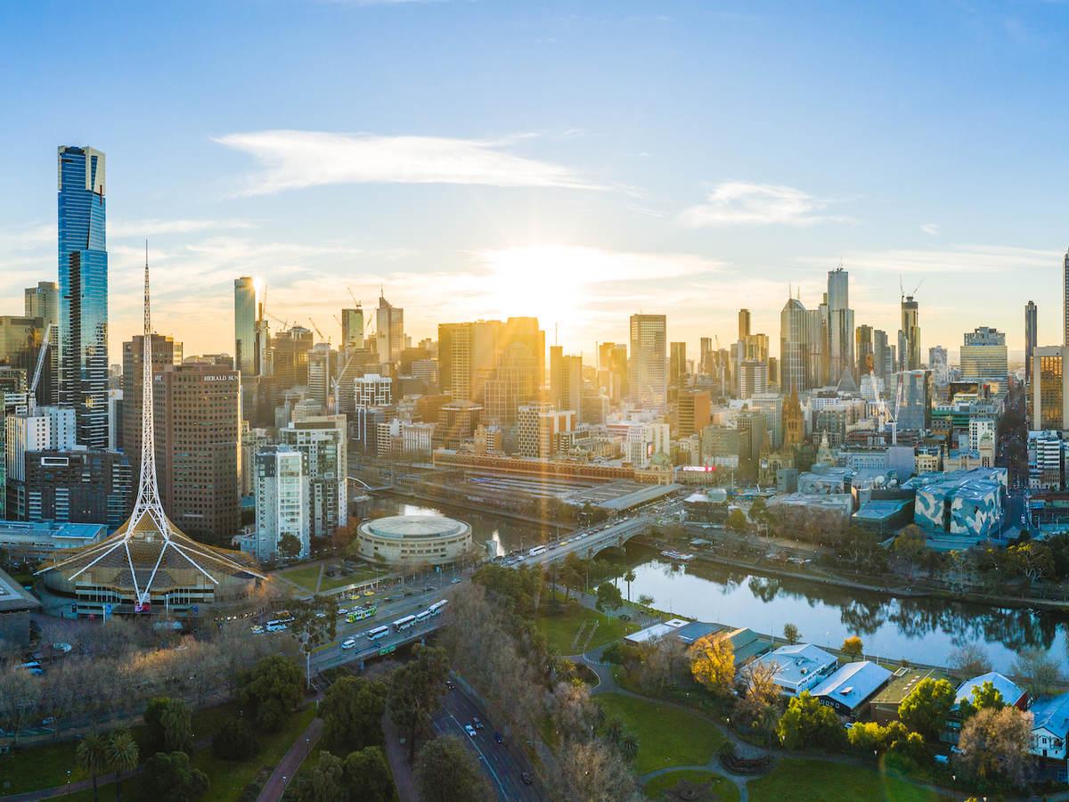 Sunny Melbourne Skyline and Yarra River at sunset