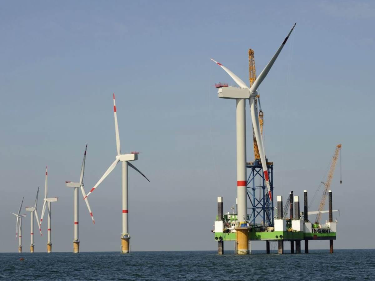 Off shore wind turbines