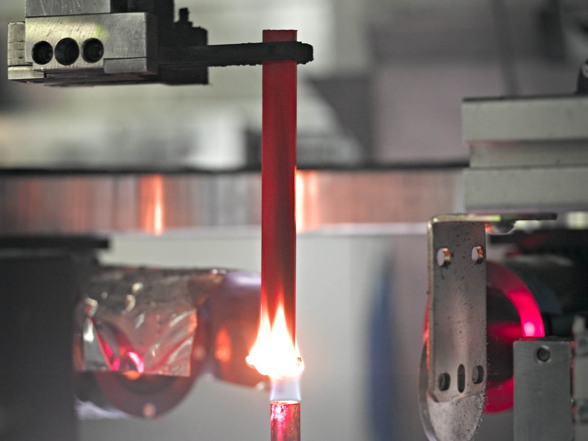 Conducting a combustion (fire) test